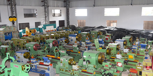 Lathe Machine Manufacturers