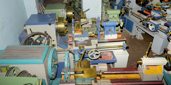 Hydraulic Press Brake Machines Manufacturer In iIndia